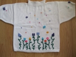 Fine-Knit-Short-Sleeve-Sweater-with-Flowers