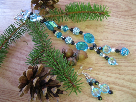 Clear Turquoise-Black-and-Silver-Set