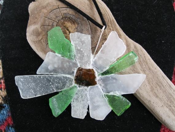 Beach-Glass-Daisy