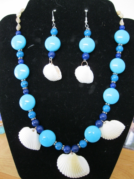 Turquois-Blue-and-Silver-with-Cocoa-Beach-Shells