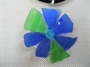 Blue-Flower-Necklace