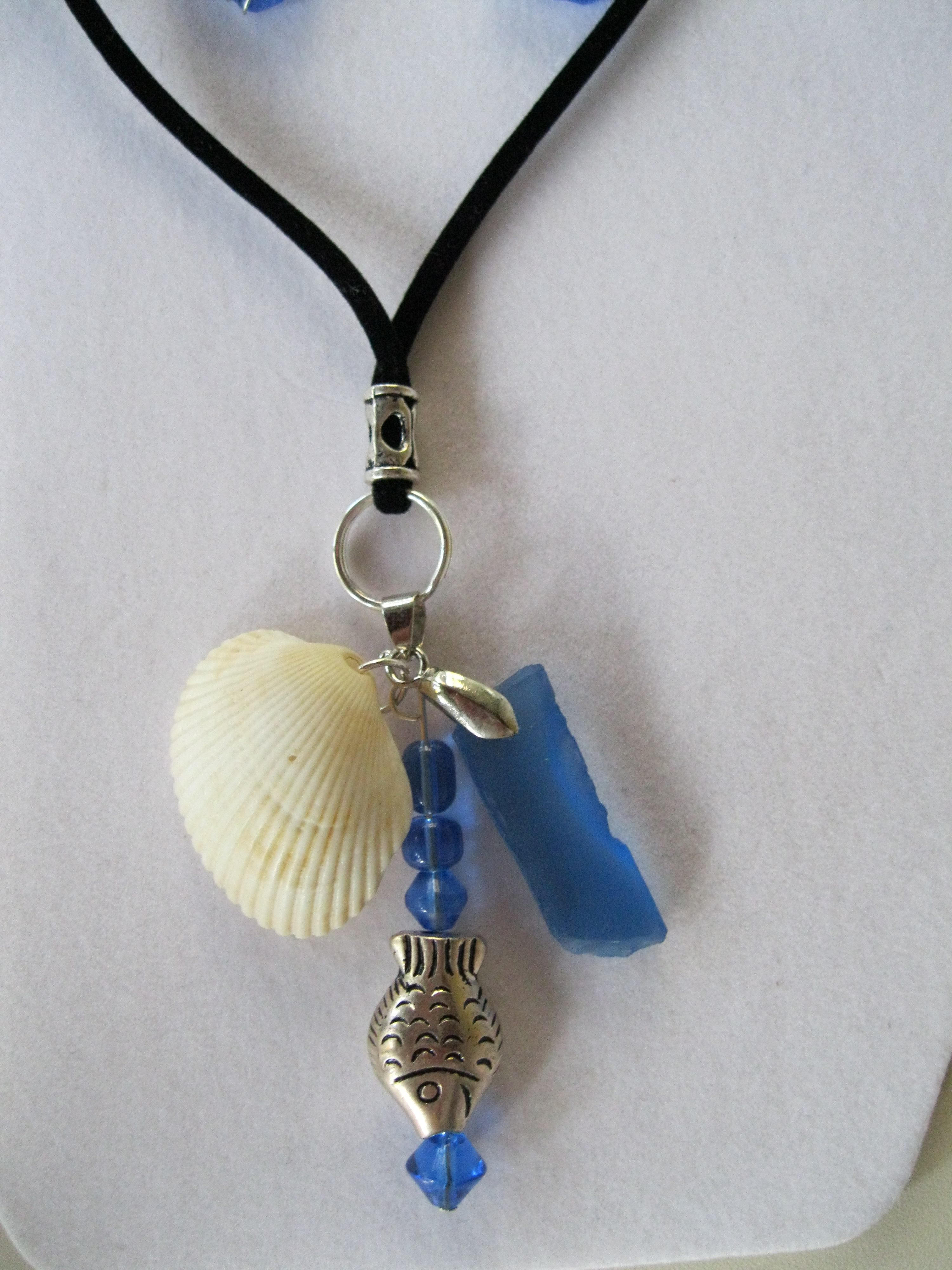 Cobalt-Blue-Beach-Glass-with-Shell-and-Fish-Bead