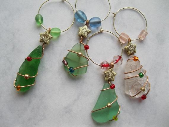 Beach-Glass-Christmas-Wine-Glass-Charms