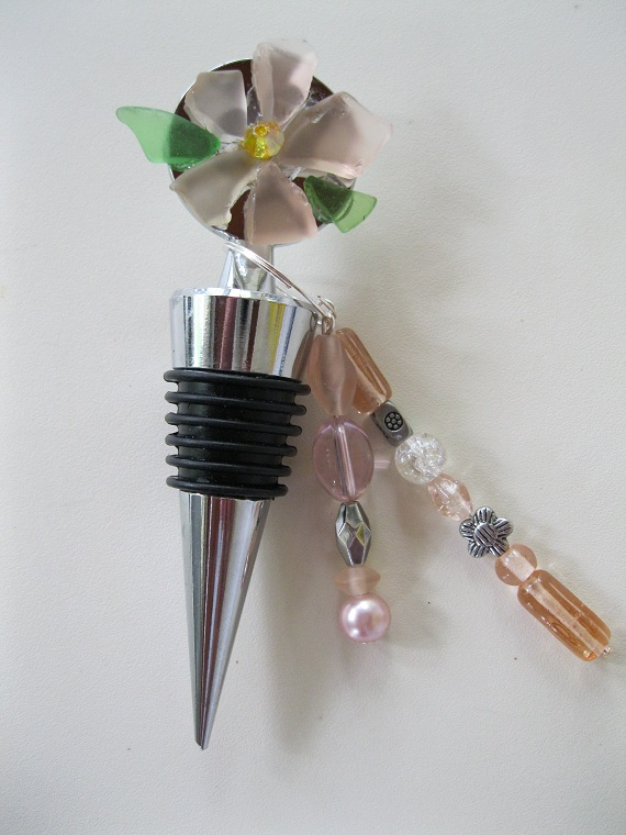 Beach-Glass-Flower-wine-bottle -topper