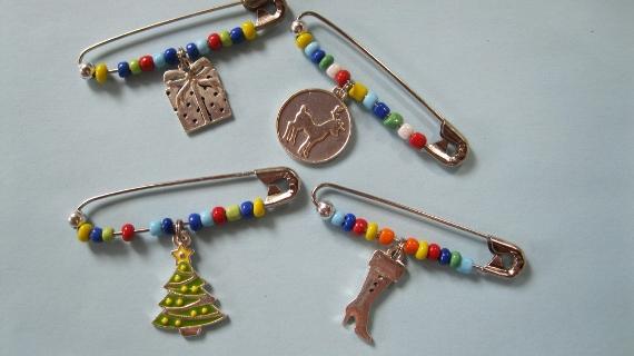 Christmas-Pins