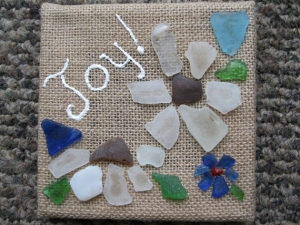 BURLAP AND BEACH GLASS (3)