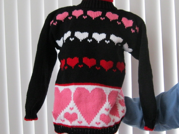 VALENTINE-SWEATER