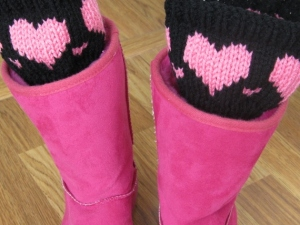BOOT CUFFS AND FINGERLESS GLOVES 018 (570x428)