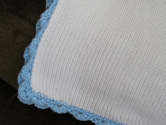 plain baby blanket 004 (570x428)