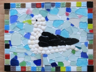 BEACH GLASS SEAGULL PICTURE 002 (570x428)