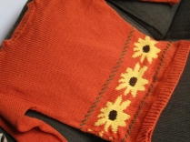 BLACK EYED SUSAN SWEATER (1)
