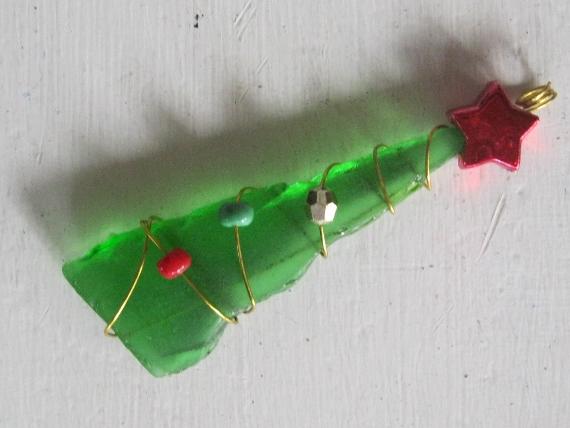 Beach glass christmas tree pendants a bum