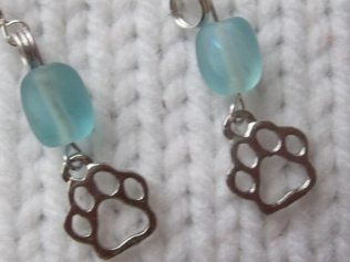 Paw prints earrings (11)