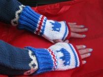 hat scarf glove boot cuff 027 (570x428)