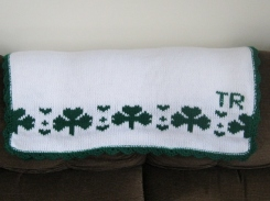 SHAMROCKS BABY BLANKET 012 (570x428)