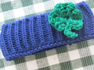 Shamrock Infant Hats and Headbands (12)